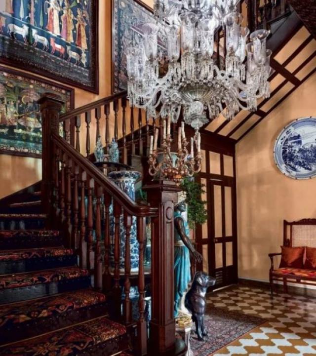 sabyasachi mukherjee house photo