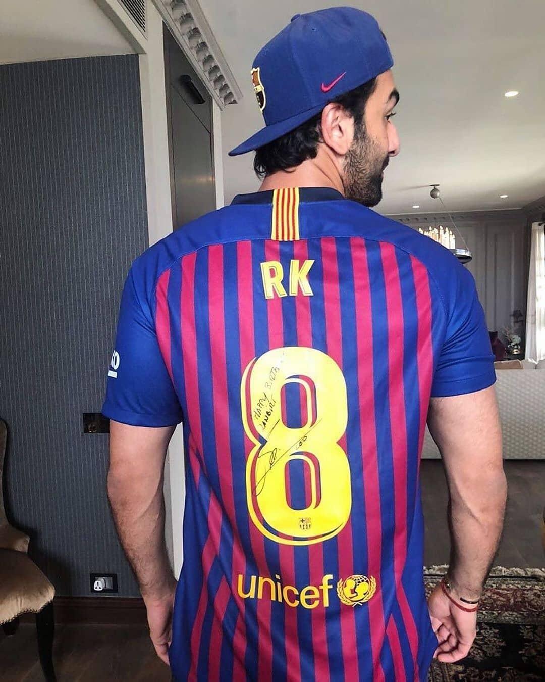 Ranbir Kapoor With 8 Number Jersey