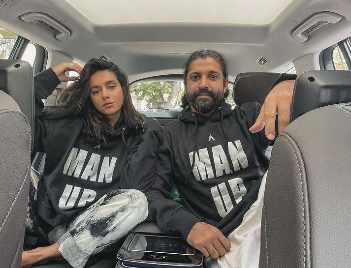 Farhan Akhtar With Her GF Shibani Dandekar