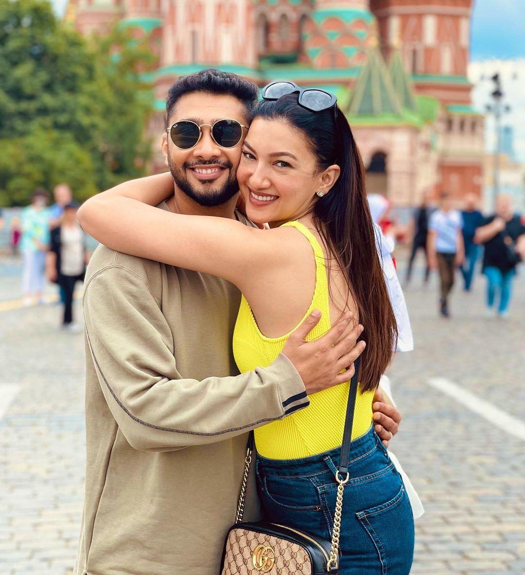 Gauhar Khan And Zaid Darbar Honeymoon Photos