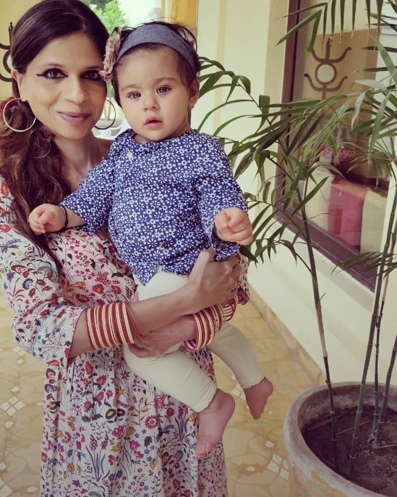 Saba Ali Khan With Inaaya