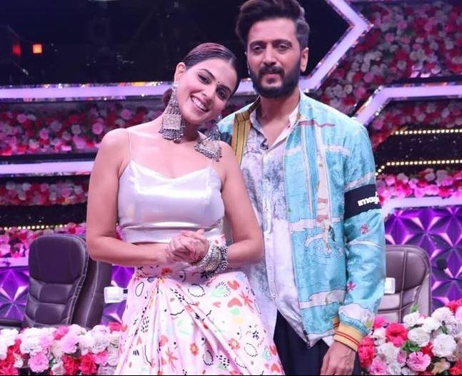 Riteish And Genelia Deshmukh at Super Dancer 4