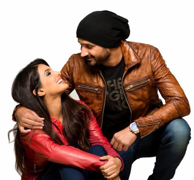 geeta basra with harbhajan