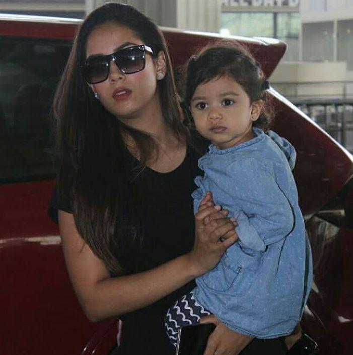 Mira Rajput With Her Daughter Misha Kapoor