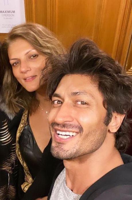Vidyut Jammwal With Fiance Nandita Mahtani