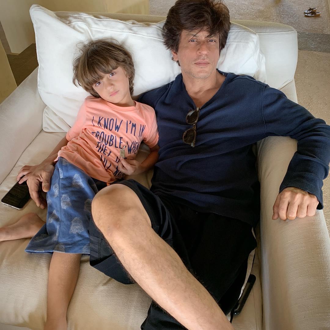 shah rukh khan with son