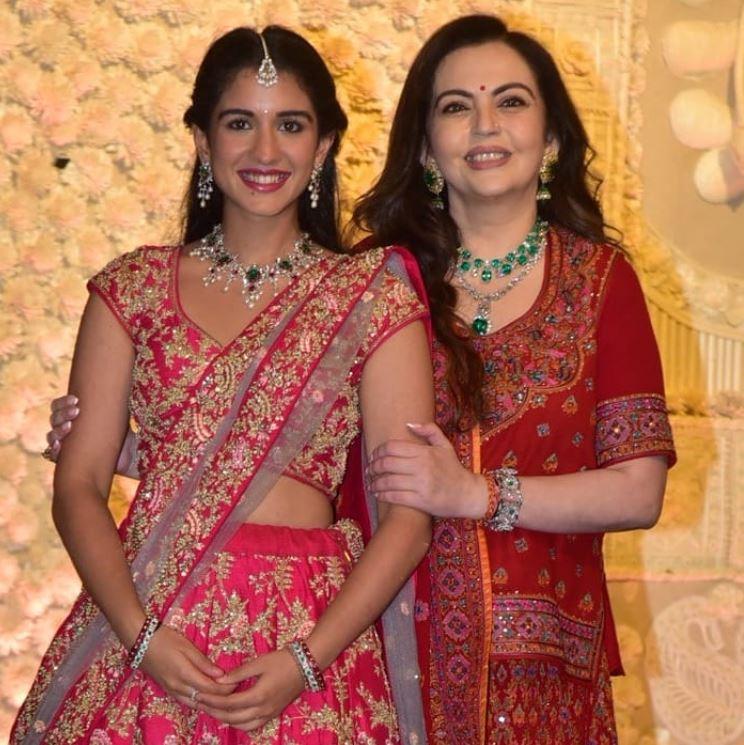 Nita Ambani With Radhika Merchant