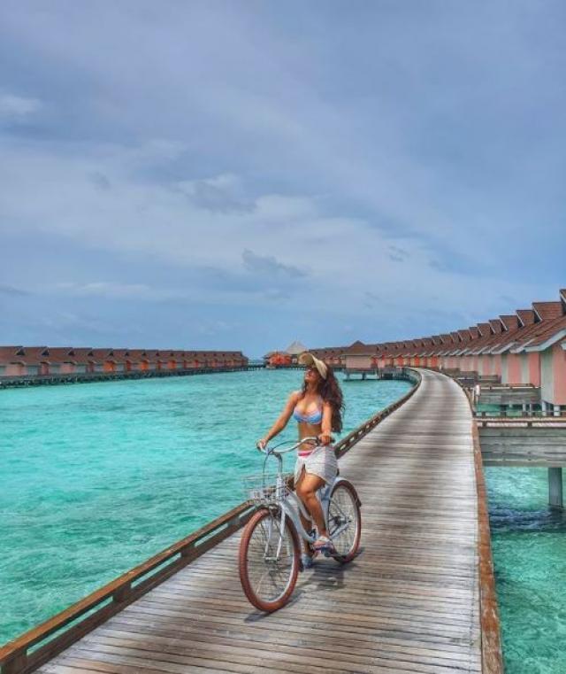 shiny doshi maldives