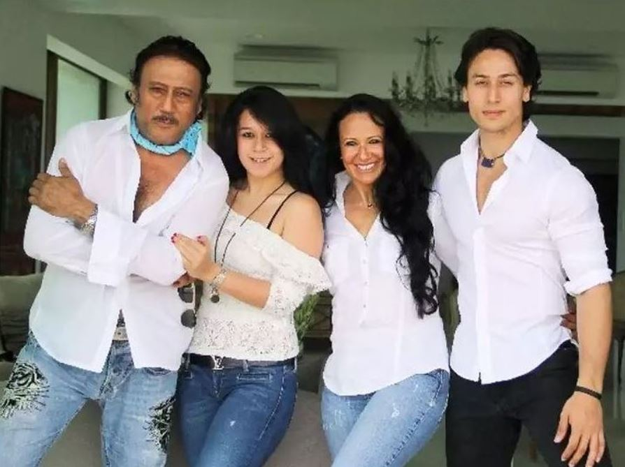 Tiger Shroff With Father Mother And Sister