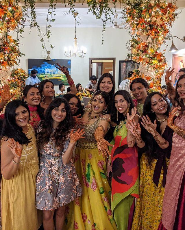 actress mehendi ceremony photos