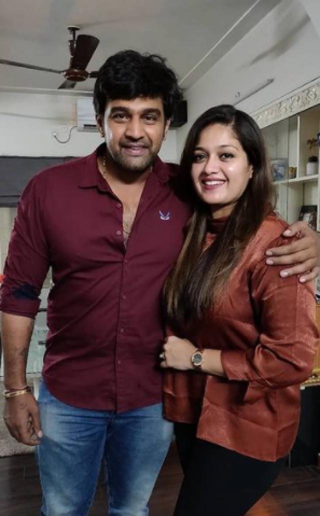 meghana raj with husband