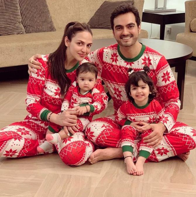 Esha Deol With Her Family