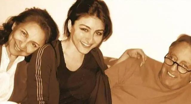 soha ali khan with her parents