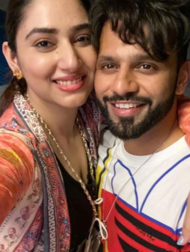disha with rahul