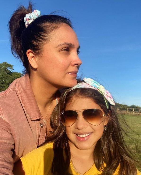 lara dutta with her daughter