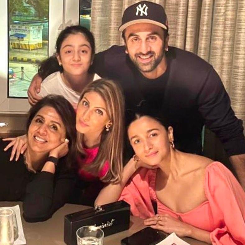 Ranbir With Alia And Family